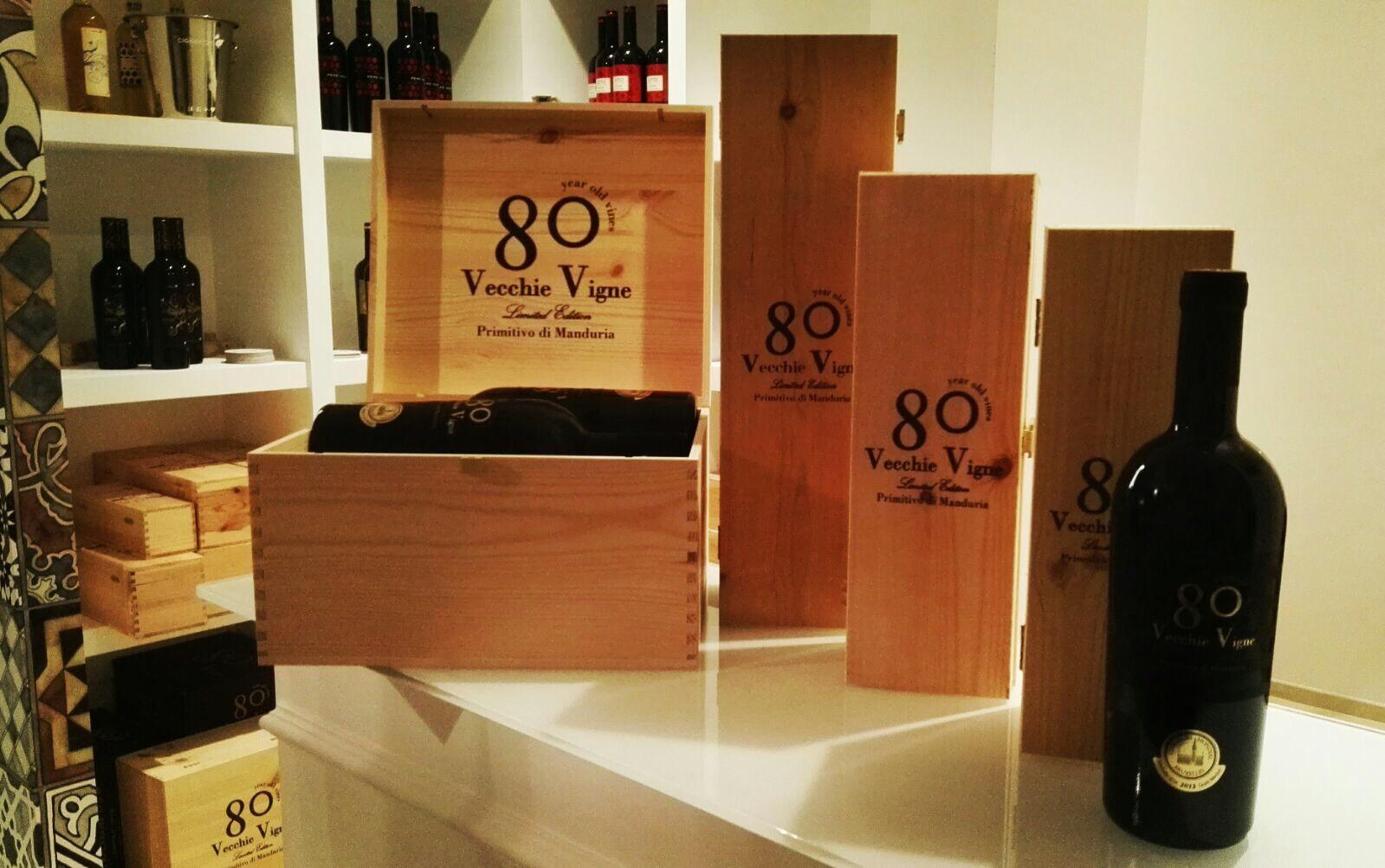 Primitivo di Manduria 80 Vecchie Vigne DOC 0,75L dřevěná krabička